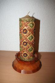 Kerze mit Kerzenhalter