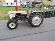 Traktor David Brown 885