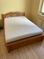 Bett mit Lattenrost 140x200
