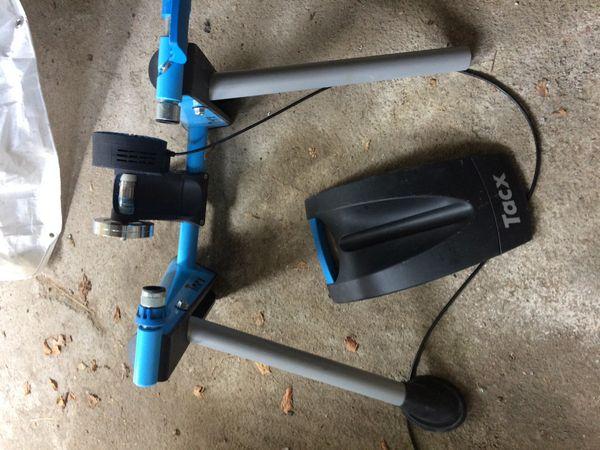 Tracx Trainingsrolle mit Vorderradhalterung