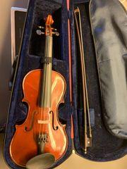 Violine O M Mönnich Garnitur