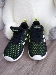 Jungs Adidas gr 24