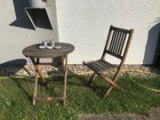 Schöne Sitzecke Gartenmöbel Holz nur