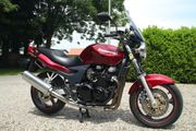 Verkaufe Kawasaki ZR 7 Bestzustand