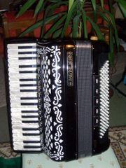 Akkordeon BALLONE BURINI Mod 45
