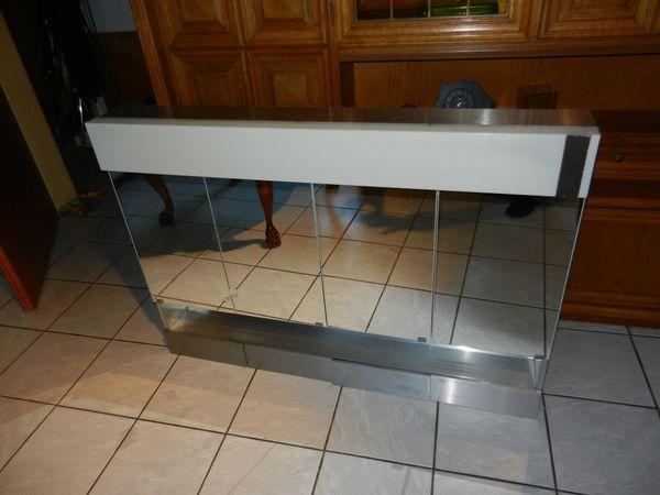 Bad Bzw Spiegelschrank Xxl Aus Aluminium Mit Beleuchtung