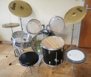 Komplettes Drumset mit Yamaha Drehhockee