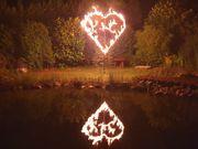 Flammenmotive Herz Feuerwerk Hochzeit Trauung