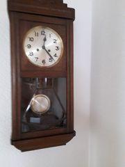 Uhren Regulatoren
