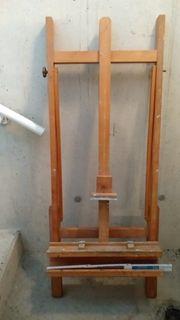 Holzstaffelei Höhe ca 150 cm
