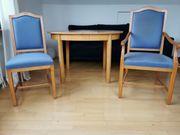 1 Tisch und 6 Stühle