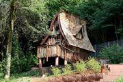 suche Wohnung oder kleines Häuschen