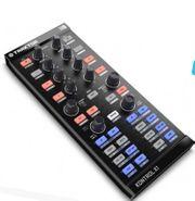 TRAKTOR DJ Kontrol X1 Steuergerät