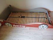 Kinderbett Rennauto guter Zustand mit