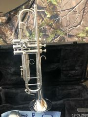 King Silver Flair Trumpet m­i­t