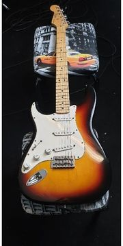 Fender Mexico STRAT Gitarre Left