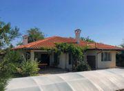Zwei Häuser mit Pool 10Min