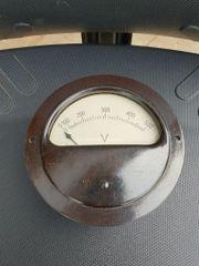 Schalttafel Einbauinstrument 0-500 Volt Bakelit