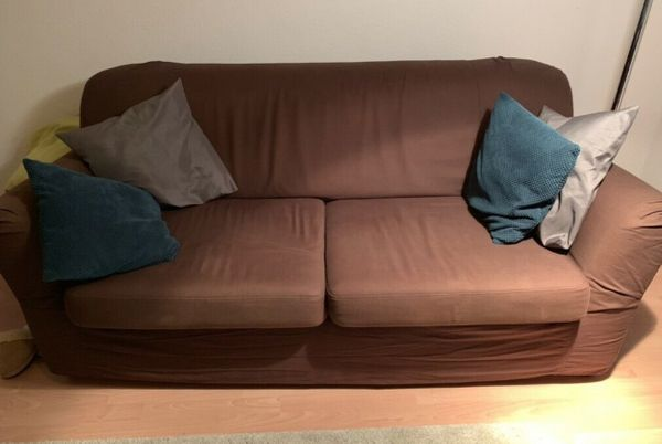 Gemütliches Sofa mit Schlaffunktion von