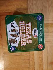 Casino Poker mit Spielkarten und