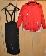 zweiteiliger Ski-Anzug Gr 152