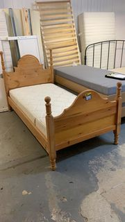 Schönes Holz Bett - L15103