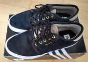 ADIDAS Seeley Gr 41 Sneaker