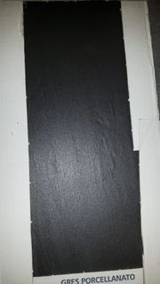 Fliesen 30x60 cm Granit schwarz