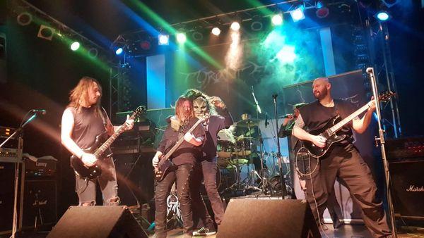 Metal Band sucht Sänger