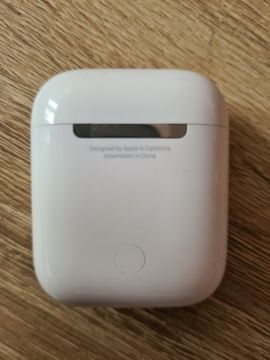 Apple Airpods 2 Gen 1: Kleinanzeigen aus Laucha Plößnitz - Rubrik Kopfhörer