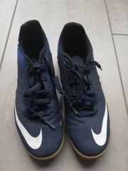 Hallenschuhe Nike 40 5
