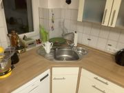 Gut erhaltene Küchenzeile mit Induktionsherd