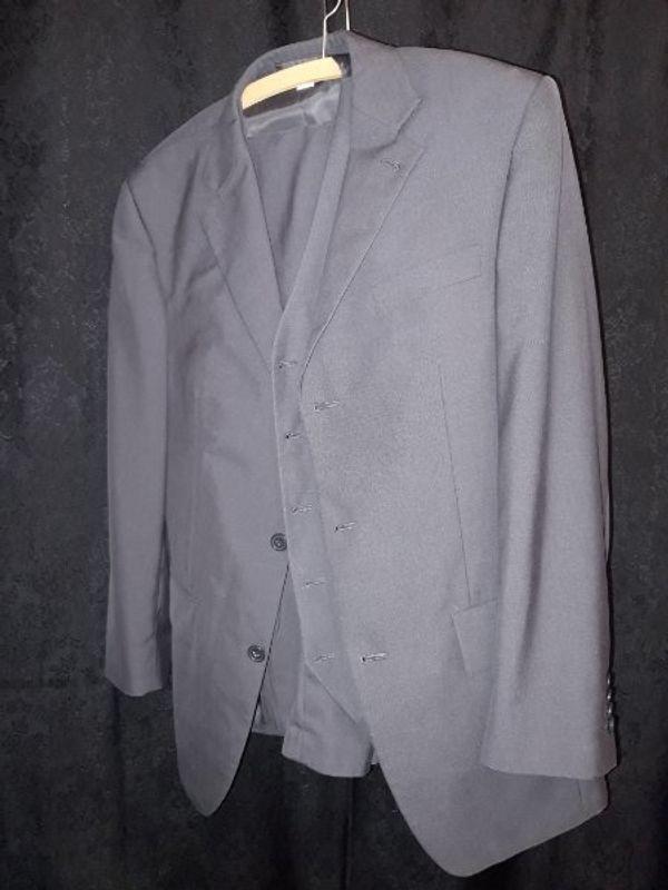 Herrenbekleidung größe M