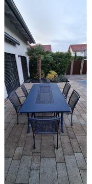 Gartentisch inkl Stühle und Kissen