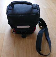 praktische Kameratasche ideal für unterwegs