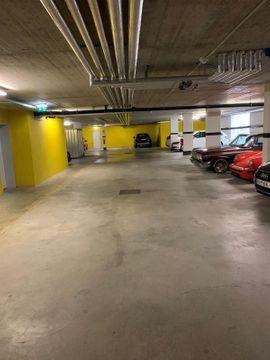 Garagen, Stellplätze - Tiefgaragenplatz in Hohenems