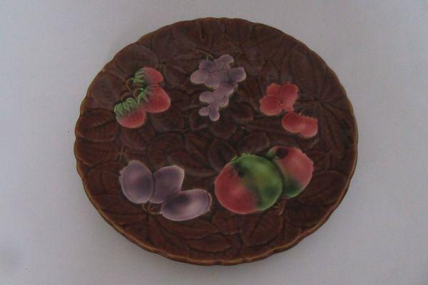 Französischer Keramikteller