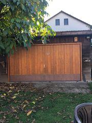 Garage mit kleiner Nebengarage