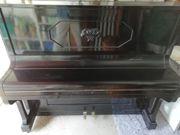 Klavier dekorativ