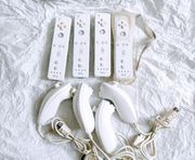 Nintendo Wii Remote und Nunchuck