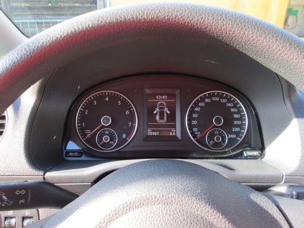 VW Caddy Kombi 1 2