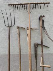 alte landwirtschaftliche Feldwerkzeuge zu verkaufen