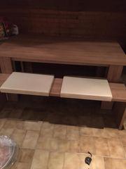 Esstisch mit zwei Sitzbänken mit