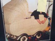 Antiker Kinderwagen