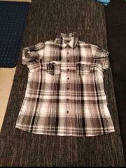 Verkaufe eine neuwertige Bluse mit