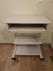PC Schreibtisch zu verschenken höhenverstellbar