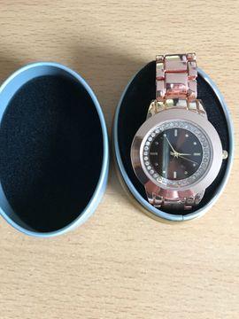 Schöne Neue Damenuhr: Kleinanzeigen aus Knittelsheim - Rubrik Uhren