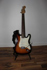 Fender Squier Strat Sunburst 3