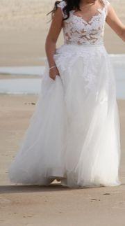 Elegantes und besonderes Brautkleid