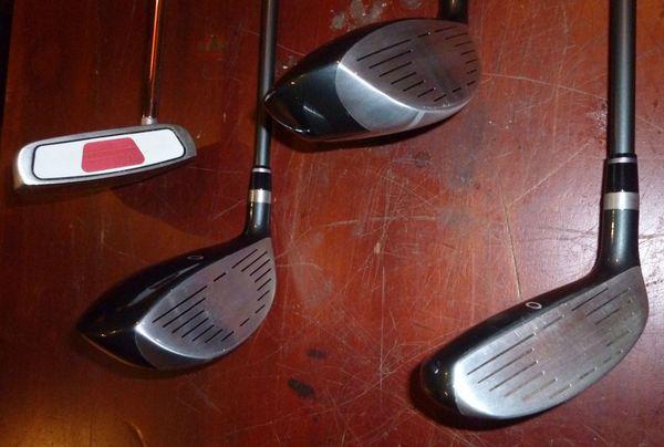 Golfausrüstung Golfschläger Bag Bälle